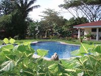 Costa Rica School of Massage Therapy (Study Abroad in Costa Rica), Natural Healers