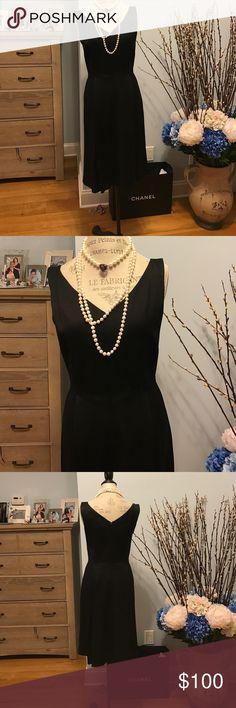 "STUNNING MIDI BLACK DRESS Double lined amazing midi black dress. Invisible zipper. Size 8. Issac Mizrahi 17"" bust. 15"" waist  40"" length Isaac Mizrahi Dresses Midi"
