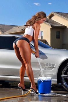 Hot sexy girl want sex porn in car washing – Super Porn