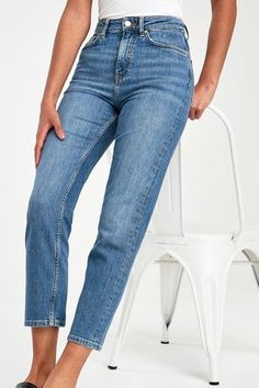 Embracing styles of the bygone time, GANT blue women's high waist slim jeans will be a fave! Slim Waist, High Waist, Slim Jeans, Bell Bottom Jeans, Grinding, Casual, Pockets, Cotton, Uk Online