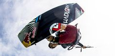 Watch the kiteboarding video Red Bull King of the Air 2014 Full Edit on the ultimate online kitesurfing magazine, resource and community platform. Red Bull, Air, Kitesurfing, Comme, Action, Sport, Videos, South Africa, Deporte