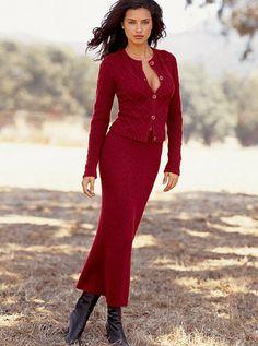 http://i1.wp.com/adrianalimafan.net/wp-content/uploads/online-catalog-mqs/clothing-8211-skirts/clothing-8211-skirts-114.jpg