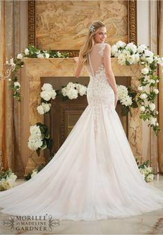 Wedding Dress 2888 Vintage Lace Appliques on Soft Net
