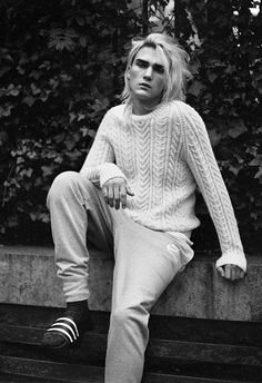 Pose  Kurt Cobain inspired  Gryphon O'Shea photographed by Matthew Kristall for T Magazine.