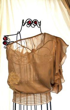 Funky ONe shoulder ruffle shirt 70's disco Rocker chic Metallic ecru gold Paris runway fashion Womens shirt Med Boho Chic