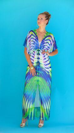 Lotta Stensson Electric Jungle Regular Robe! This print is so vibrant & fresh... #lottastensson #lottanyc #fashion #beachwear #resortwear #lottalove
