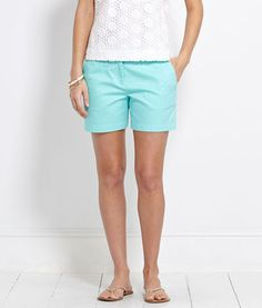 """5"""" Classic Twill Shorts by Vineyard Vines"""