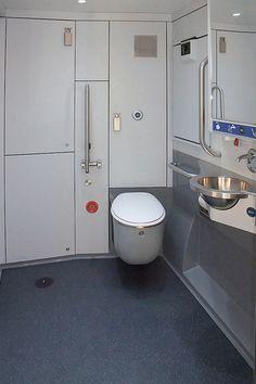 train toilets - Recherche Google