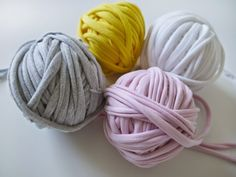 Totally Tutorials: Tutorial - How to Recycle Old T-Shirts into Yarn