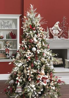 set-of-nine-red-and-white-christmas-tree-decorations-view-all.jpg (600×849)