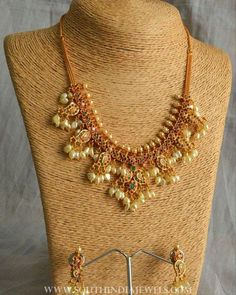 Short Guttapusalu Necklace From Precious & You ~ South India Jewels Pearl Necklace Designs, Jewelry Design Earrings, Gold Earrings Designs, Gold Jewellery Design, Beaded Necklace, Gold Necklace, Indian Wedding Jewelry, Bridal Jewelry, Gold Jewelry Simple