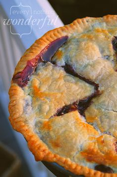 Nectarine Blueberry Caramel Pie~T~ what I wouldn't give for a piece of this right now. Hurry summer.