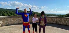 V novom videoklipe Superhrdina z dielne dua Paci Pac dobro zvíťazilo nad zlom - Akčné mamy Roman, Mario, Sports, Hs Sports, Sport