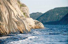 Fjord du Saguenay (Québec, Canada) | by AuthentikCanada