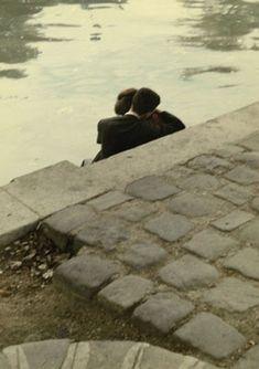 """Peter Cornelius: Square du Vert-Galant. 1956  Aus der Serie """"Farbiges Paris""""."""
