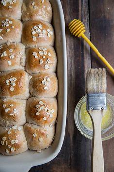 Super easy homemade honey whole grain dinner rolls for Thanksgiving. Healthy Thanksgiving Recipes, Holiday Recipes, Healthy Recipes, Bakery Recipes, Bread Recipes, Cooking Recipes, Dinner Rolls Recipe, Bread Bun, Grain Foods