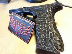 Now this I could be convinced to carry! Custom Glock, Custom Guns, Weapons Guns, Guns And Ammo, Glock Stippling, Glock Mods, Gun Art, Cool Guns, Firearms