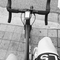 #commuterlyf #cycling #melbourne #Sworks #hells500 Big Ring Riding on the hubbard highways of #melbourne. #Sworks #CRUX #specialized #bikephotos #bikelife by xsinglespeedx