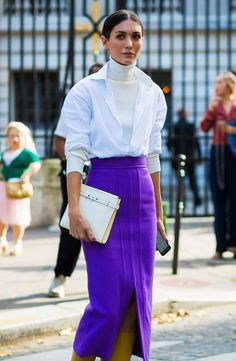 How to wear a turtleneck: with a white shirt