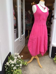 Pink linen dress - classic and classy #linen #dress