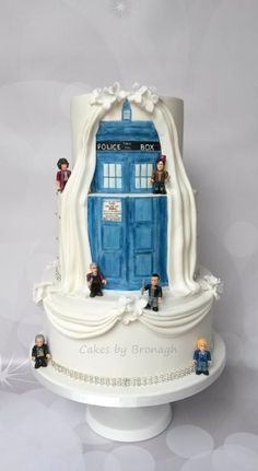Doctor Who Wedding Cake Handpainted Tardis on two sided cake Cake by Cakes by B. Doctor Who Funny Wedding Cakes, Rustic Wedding Cake Toppers, Unique Wedding Cakes, Wedding Themes, Wedding Ideas, Geek Wedding Cakes, Wedding Stuff, Wedding Dresses, Themed Weddings