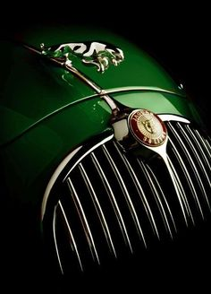 Throughout the early stages of the Jaguar XK-E, the lorry was supposedly planned to be marketed as a grand tourer. Changes were made and now, the Jaguar … Retro Cars, Vintage Cars, Antique Cars, Vintage Porsche, Rolls Royce, Maserati, Lamborghini, Ferrari Laferrari, Car Hood Ornaments
