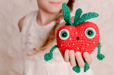 barry the strawberry free crochet pattern