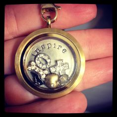 Christmas is just around the corner and if you're like me you want to get something they will actually appreciate. That's why I absolutely adore Origami Owl! I have a couple of their necklaces and several charms. I love the versatility and customization it allows. My party is online for convenience of ordering from anywhere! Believe me, she will love it!  http://www.erinh.origamiowl.com/parties/AshleyOlson44207/how-to-build.ashx