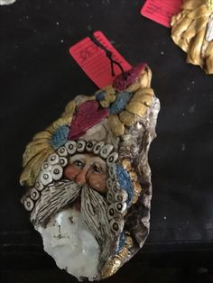 Oyster Shell Santa w/ glitter See more at VILLAGECRAFTS-DeniseWilliams on FaceBook