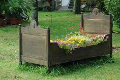 Bildergebnis für bepflanzte möbel