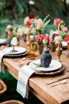 Boho inspired: http://www.stylemepretty.com/california-weddings/2015/06/06/colorful-boho-wedding-inspiration-for-the-world-traveler/ | Photography: Elisabeth Arin - http://elisabetharin.com/