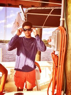 loveandcarolina: tropical-livin: Memorial Day boating ⚓️ Still cute 😉 Southern Men, Preppy Southern, Southern Shirt, Southern Marsh, Southern Tide, Southern Gentleman, Frat Style, Preppy Style, Bae