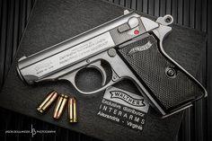 Walther PPK-S. The classic James Bond handgun Weapons Guns, Guns And Ammo, Fire Powers, Cool Guns, Knives And Swords, Self Defense, Tactical Gear, Shotgun, Firearms