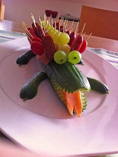 Gurkenkrokodil Cucumber crocodile (recipe with picture) by Crocodile Recipe, Crocodile Party, Vegetable Decoration, Food Carving, Veggie Tray, Snacks Für Party, Fruit Art, Fruit Food, Food Crafts