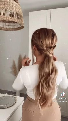 Long Hair With Bangs, Easy Hairstyles For Long Hair, My Hairstyle, Pretty Hairstyles, Girl Hairstyles, Braided Hairstyles, Hair Streaks, Hair Highlights, Hair Tips Video