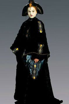The Fashionista Lovers: May the 4ourth be with you: El vestuario de la Reina Amidala