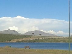 Lago Caviague con tormenta en en nor este de Nqn