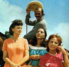 As irmãs Cajazeiras e Zeca Diabo em O Bem-Amado