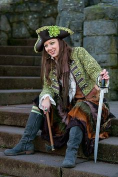 Pirate costume for women 2