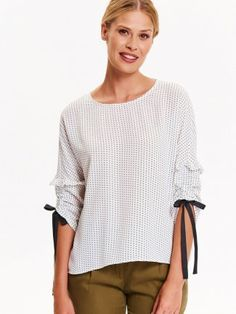 BLUZKA DŁUGI RĘKAW Tunic Tops, Model, Fashion, Moda, Fashion Styles, Scale Model, Fashion Illustrations, Models