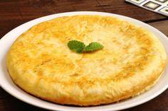 Tortilla Española (potato and onion omelette) Tortillas, Omelettes, Latin American Food, Huevos Fritos, Recipe Steps, Great Appetizers, Soul Food, Food Inspiration, Tapas