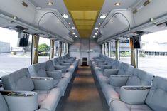 Marcopolo produz ônibus de luxo para o Oriente Médio – En Güncel Araba Resimleri Luxury Sports Cars, Best Luxury Cars, Luxury Van, Bus Interior, House Essentials, Bedroom False Ceiling Design, Futuristic Motorcycle, Van Car, Home Room Design