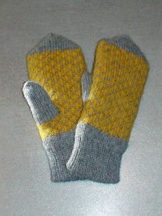 Mittens for children 100% wool double sided