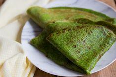 BLW Rezept ab 6 Monate: grüne Pfannkuchen - die schmecken breifrei Babys und Kindern gleichermaßen - Pfannkuchen mit Spinat - glutenfrei