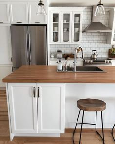 Kitchen Cabinet Refacing Awesome All About Unique Kitchen Remodel Ideas DIY Refacing Kitchen Cabinets, Black Kitchen Cabinets, Cabinet Refacing, Kitchen Cabinet Doors, Kitchen Countertops, New Kitchen, Kitchen Dining, Kitchen Decor, Dining Room