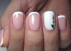 French nails with a tulip