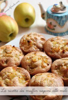 ricetta light vegana muffin alle mele mangiare sano Ricotta, Sweet Recipes, Vegan Recipes, Just Cooking, Vegan Cake, Vegan Treats, Sweet And Salty, Delicious Desserts, Sweet Tooth