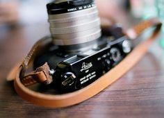 Ici, on adore les appareils Leica #mecanique #photo #leica #shoot #camera