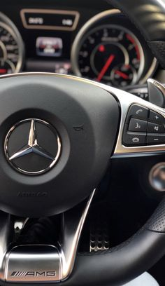 mercedes amg Fantastic Dream cars images are readily available on our website. Check it out and you will not be sorry you did. Mercedes Auto, Carros Mercedes Benz, Black Mercedes Benz, Mercedes Benz Autos, Car Images, Car Photos, Dream Cars, Mercedes Benz Wallpaper, Inside Car