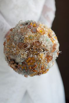 Wedding brooch bouquet. Gold Jewel broach by Rubybloomscom on Etsy, $75.00 What do you girls think about this? @Heather Land @Brooke Leeman @Mariana Rodriguez @Vanessa Baeza-Gerwe @Kim Clark @Krysten Young